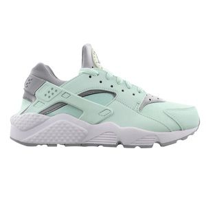 Nike air huarache run women's igloo/ white